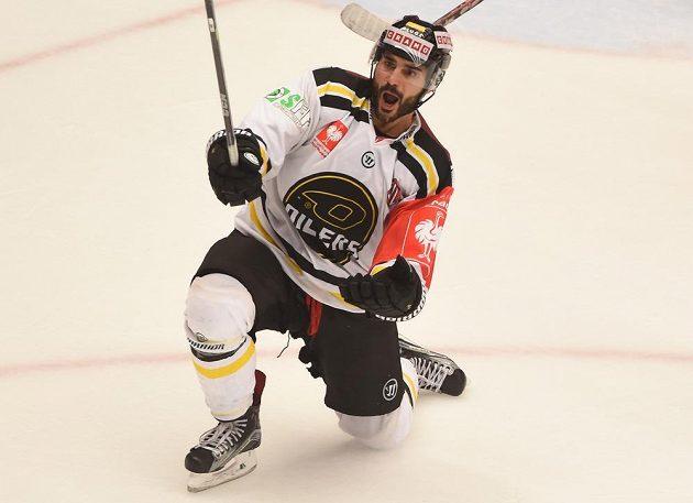 Josh Soares ze Stavangeru se raduje z vyrovnávacího gólu proti Třinci.