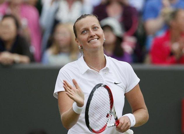 Petra Kvitová zvládla ve Wimbledonu další krok. Přes Pcheng Šuaj z Číny se dostala do čtvrtfinále.