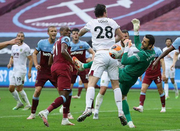 Fotbalisté West Hamu podlehli na domácím stadionu Burnley