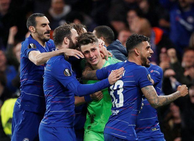 Fotbalisté Chelsea postoupili do finále po penaltovém dramatu