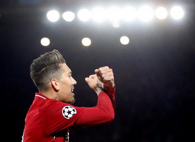 Liverpoolský Roberto Firmino po vstřelené brance proti Portu ve čtvrtfinále Ligy mistrů.