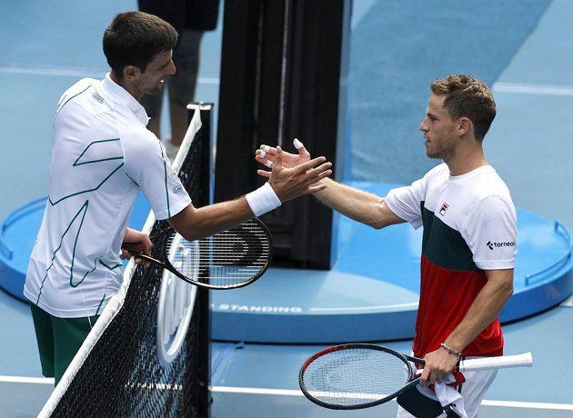 Novak Djokovic (vlevo) po zápase se Schwartmanem.