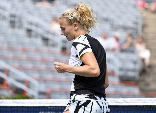Česká tenistka Kateřina Siniaková vyřídila zápas v Montrealu ve dvou setech a mohla slavit postup.