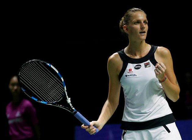 Obrat je dokonán! Karolína Plíšková se raduje z výhry ve svém úvodním duelu na Turnaji mistryň.