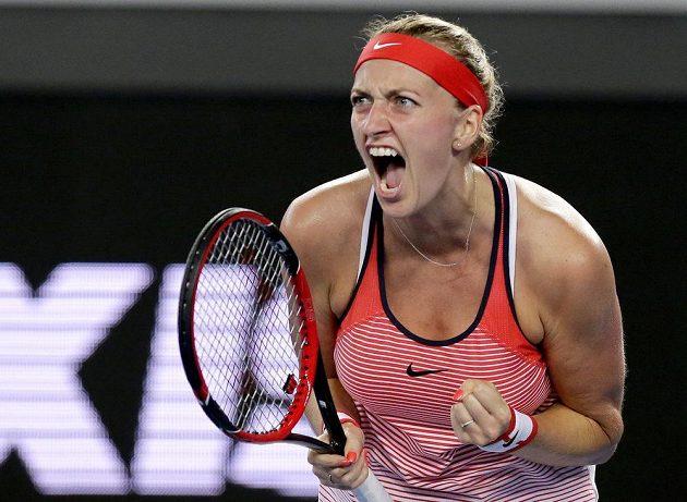 Petra Kvitová během druhého kola Australian Open proti domácí Darii Gavrilovové.