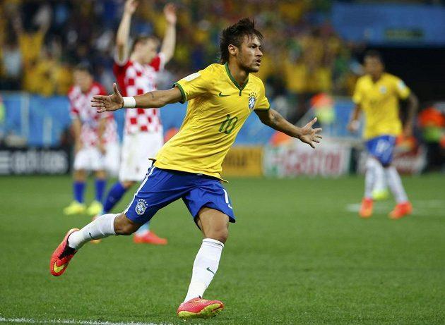 Neymar rozjásal celou Brazílii, fotbalista Barcelony srovnal ve 29. minutě utkání stav na 1:1.