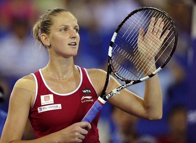Česká tenistka Karolína Plíšková se raduje z postupu do finále Elite Trophy.