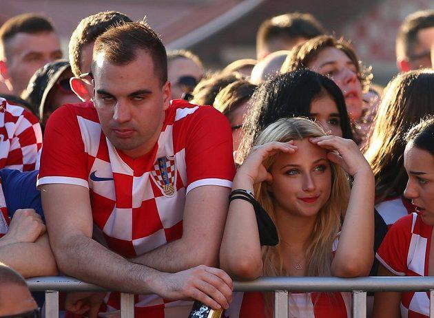 Zklamaní chorvatští fanoušci po prohře jejich fotbalistů na EURO se Španělskem.