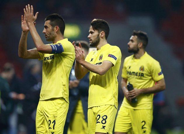 Fotbalisté Villarrealu slaví postup v Evropské lize přes Leverkusen.