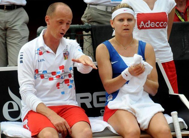 Rady kapitána Petra Pály nepomohly, Lucie Šafářová podlehla Italce Saře Erraniové ve dvou setech.