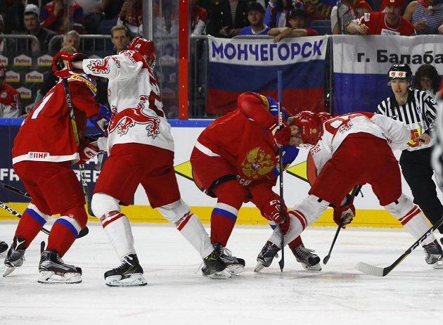Ze zápasu Rusko - Dánsko.
