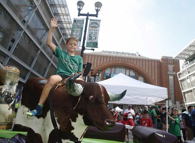 Vstupní draft NHL v texaském Dallasu přitáhl davy fanoušků.