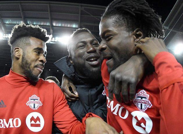A jsme ve finále! Hráči Toronta (zleva) Raheem Edwards, Jozy Altidore a Tosaint Rickeets.