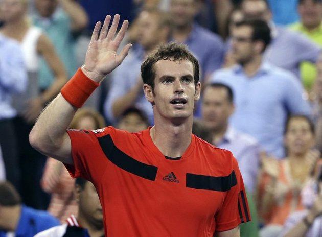 Bez problémů začal cestu za obhajobou titulu na US Open Brit Andy Murray.