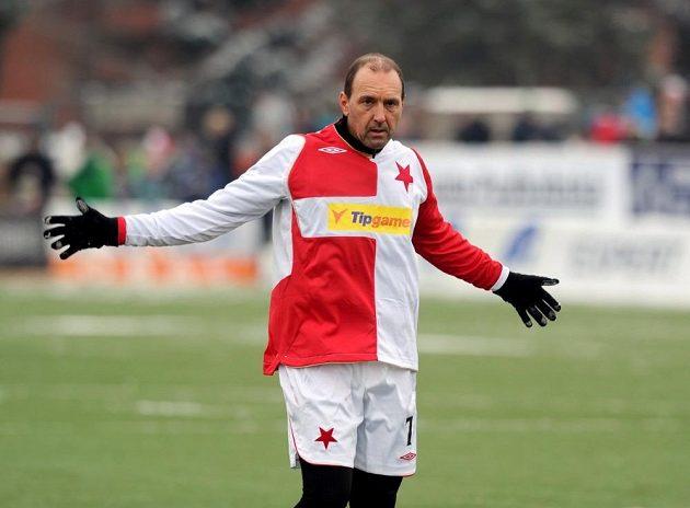 František Veselý, otec Lukáše Veselého, během tradičního Silvestrovského derby.