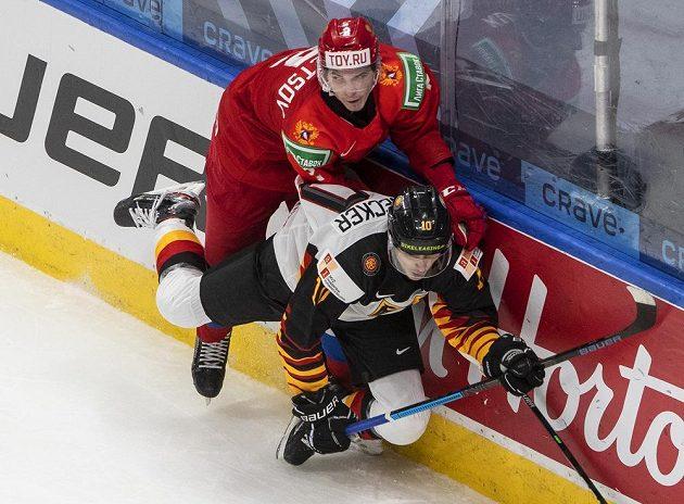 V souboji u hrazení Rus Jan Kuzněcov a Filip Reisnecker z Německa.