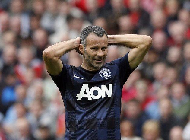 Záložník Manchesteru United Ryan Giggs.