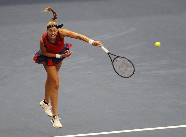 Petra Kvitová při utkání se Švýcarkou Jil Teichmannovou.