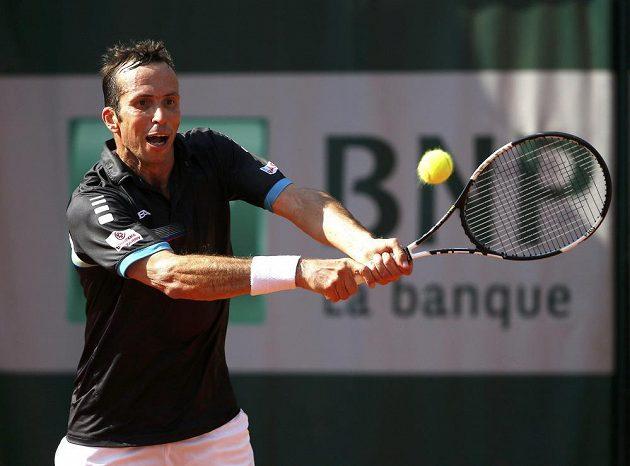 Radek Štěpánek při utkání druhého kola French Open s Tomášem Berdychem.