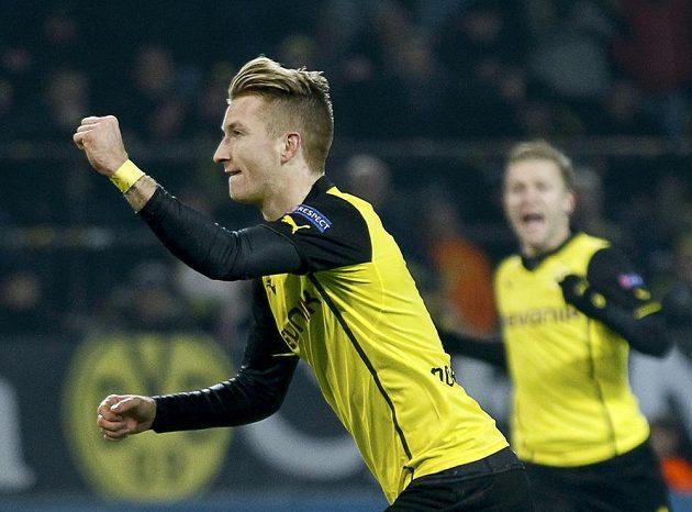 Marco Reus z Borussie Dortmund se raduje z branky.