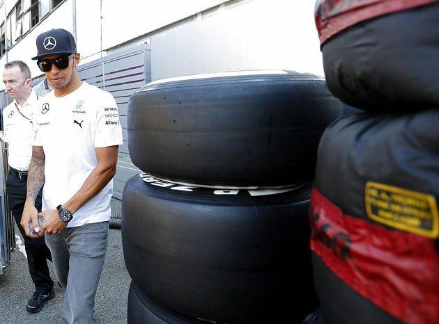 Britský pilot Lewis Hamilton při přípravách na GP Maďarska.
