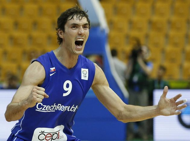 Jiří Welsch se raduje z výhry nad Polskem.