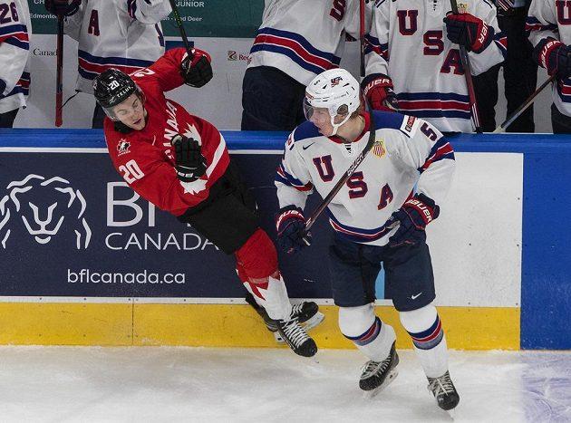 Boj o zlato na MS juniorů. Kanada vs. USA.