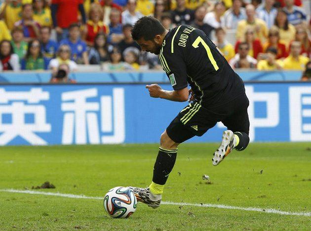 David Villa potvrdil roli střelce - proti Austrálii skóroval patičkou.