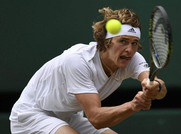 Německý tenista Alexander Zverev v zápase s Tomášem Berdychem.