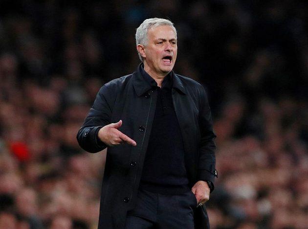Manažer fotbalistů Tottenham Hotspur José Mourinho.
