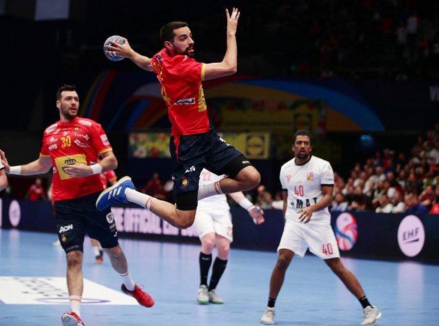Čeští házenkáři v úvodu čtvrtfinálové skupiny na mistrovství Evropy podlehli obhájcům titulu Španělům 25:31.