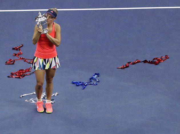 Angelique Kerberová poprvé ovládla US Open.