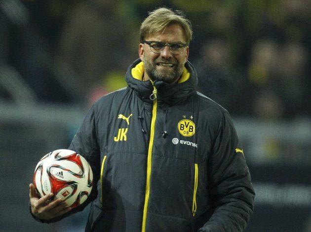 Kouč Dortmundu Jürgen Klopp při zápasu s Augsburgem.