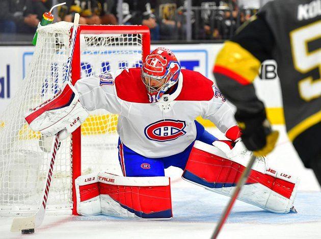 Brankář Montrealu Canadiens Carey Price (31) chytá puk během semifinále NHL na ledě Vegas Golden Knights.