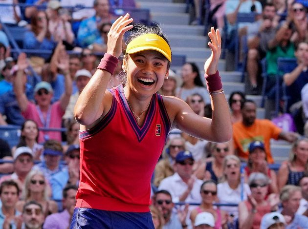 To jako vážně? Osmnáctiletá tenistka Emma Raducanuová senzačně prošla na US Open z kvalifikace až na úplný vrchol.