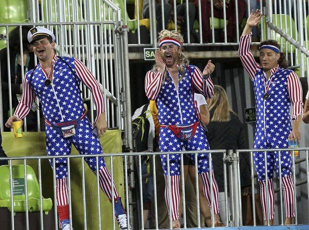 Američané ženou své ragbisty za vítězstvím...
