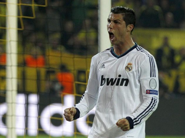 Cristiano Ronaldo po své vyrovnávací trefě na 1:1.