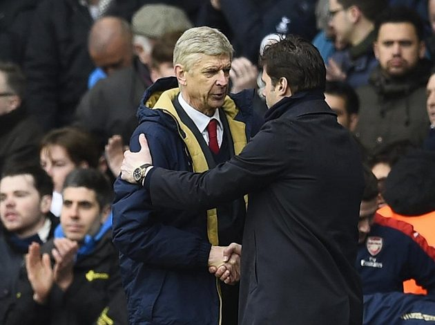 Trenér Arsenalu Wenger po utkání s koučem Tottenhamu Pochettinim.