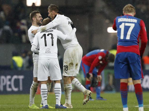 Fotbalisté Plzně vyhráli v Moskvě na půdě CSKA v utkání Ligy mistrů 2:1 a měli z toho ohromnou radost.