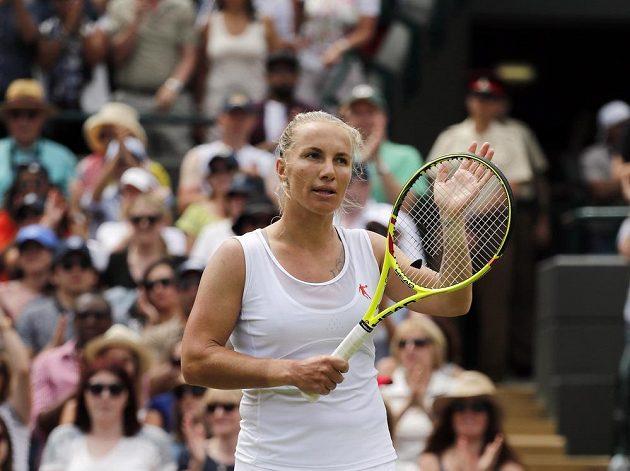 Ruska Světlana Kuzněcovová se raduje z postupu do osmifinále Wimbledonu, v němž vyzve světovou jedničku Serenu Williamsovou.
