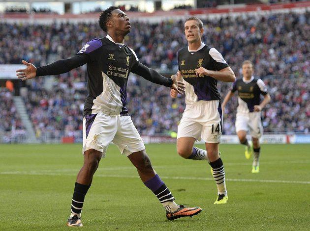 Útočník Liverpoolu Daniel Sturridge se raduje z gólu proti Sunderlandu.