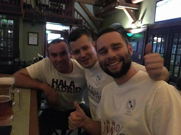 Fanoušci Realu Madrid z Čech a Slovenska si zahráli fotbalový zápas v hlavním městě. Nechyběl ani Petr Verbíř, bratr exteplické fotbalové legendy.