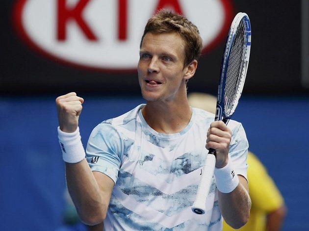 Je to tam! Po sedmnácti porážkách dokázal český tenista porazit Rafaela Nadala ve čtvrtfinále Australian Open.