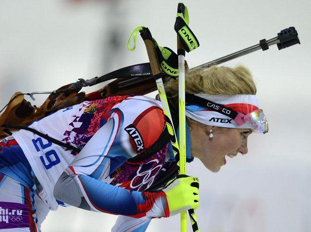Česká biatlonistka Gabriela Soukalová v cíli stíhacího závodu na 10 km.