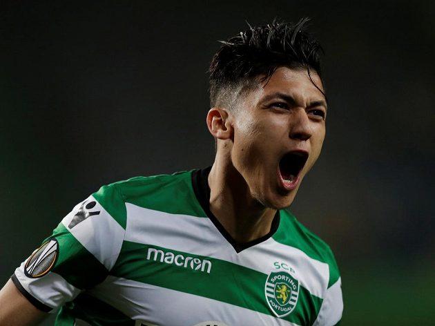 Fotbalista Sportingu Fredy Montero slaví gól v duelu Evropské ligy proti Plzni. Postalal se o úvodní dvě trefy portugalského celku.