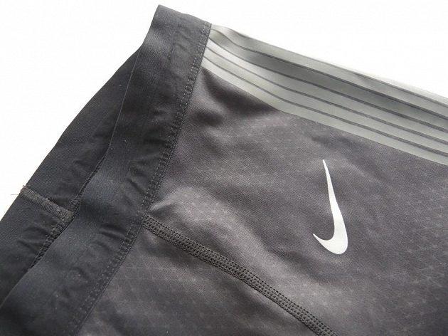 Nike Power Speed Tight: Horní konec je velmi příjemný a pohodlný.