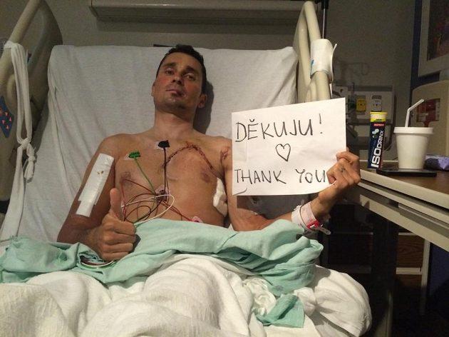 Jiří Ježek prostřednictvím Facebooku děkuje za podporu. Poprvé od hrozivého pádu o sobě dává vědět veřejnosti.