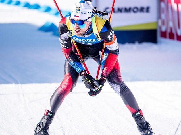 Český biatlonista Tomáš Krupčík skončil ve zkráceném vytrvalostním závodě v kanadském Canmore na dvanáctém místě.