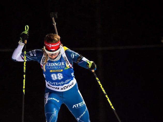 Jessica Jislová během vytrvalostního závodu ve švédském Östersundu.