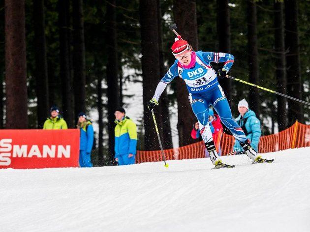 Veronika Vítková na trati sprintu v německém Oberhofu.